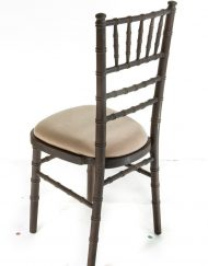 Mahogany chiavari chair hire - Blue Goose Hire